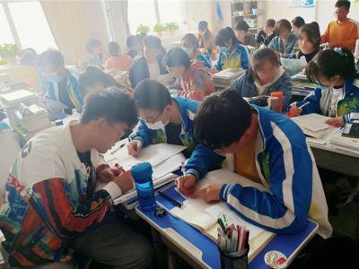 兰州成功高考补习学校新校区青年教师赛课 | 聚焦课堂,精彩一课